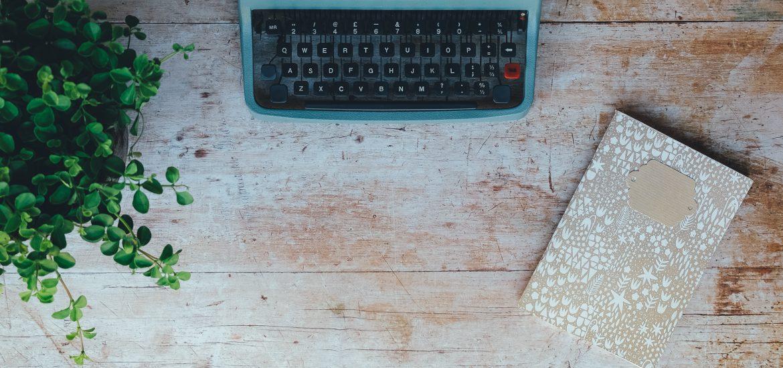Schreibmaschine Notizblock